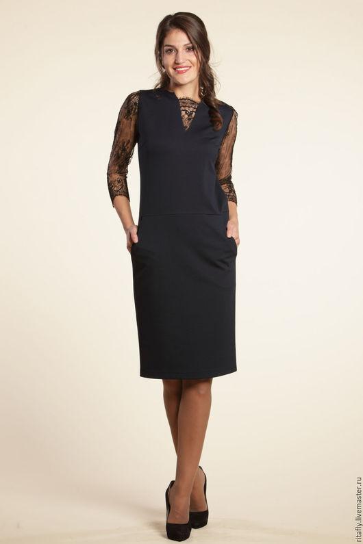 платье с кружевом свободного кроя до 56 размера. Платье с карманами, платье больших размеров, платье с рукавами и кружевом. Коктейльное платье больших размеров