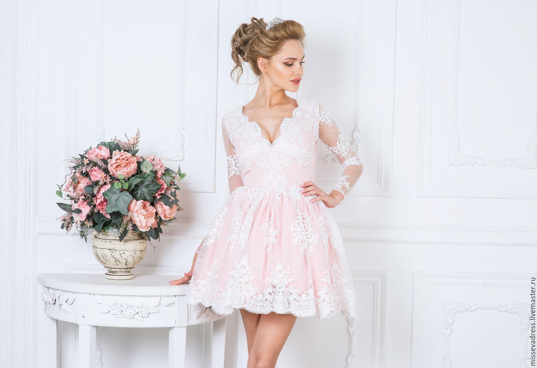 Вечерние платья с розовым кружевом