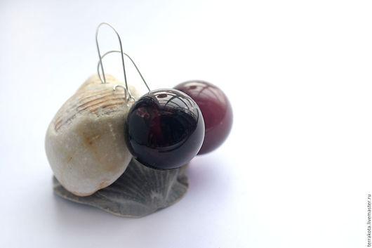 """Серьги ручной работы. Ярмарка Мастеров - ручная работа. Купить Серьги """"Черная вишня"""" с замочком, лэмпворк. Handmade. Лэмпворк"""