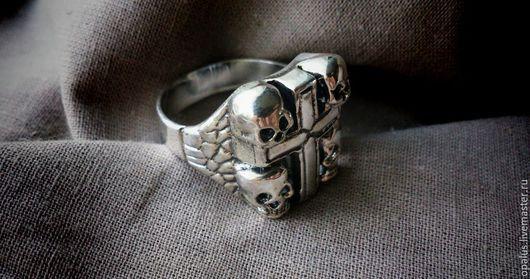 """Украшения для мужчин, ручной работы. Ярмарка Мастеров - ручная работа. Купить перстень """"Тиг"""". Handmade. Серебряное кольцо, байкерский стиль"""