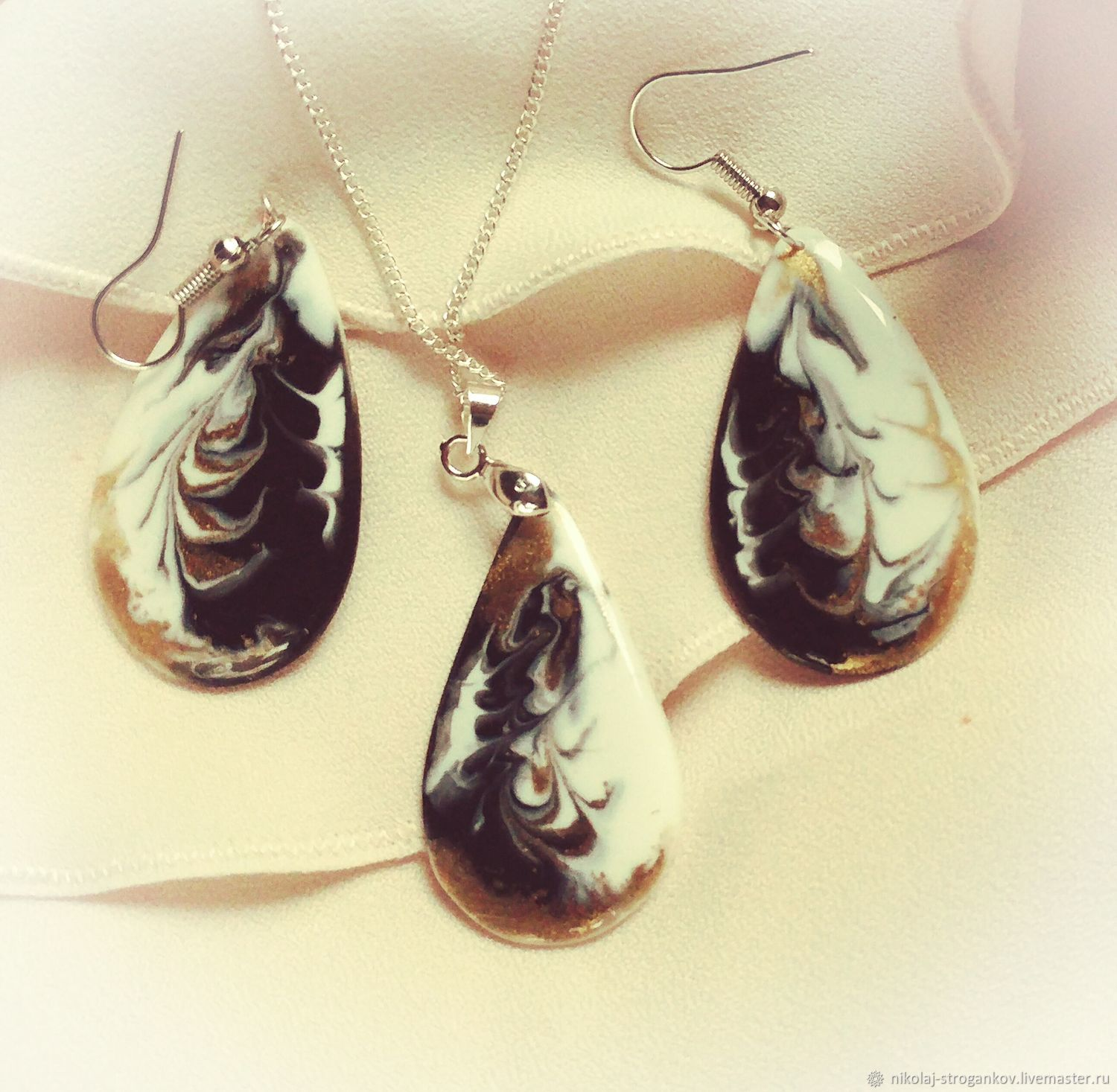 Jewelry sets: earrings and pendant, white-black, gold gamma, Jewelry Sets, Karlsruhe,  Фото №1