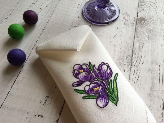 """Кухня ручной работы. Ярмарка Мастеров - ручная работа. Купить Вышитые льняные салфетки """"Крокусы"""". Handmade. Фиолетовый, вышивка"""