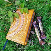 Блокноты ручной работы. Ярмарка Мастеров - ручная работа Обложка на ежедневник из натуральной кожи. Handmade.