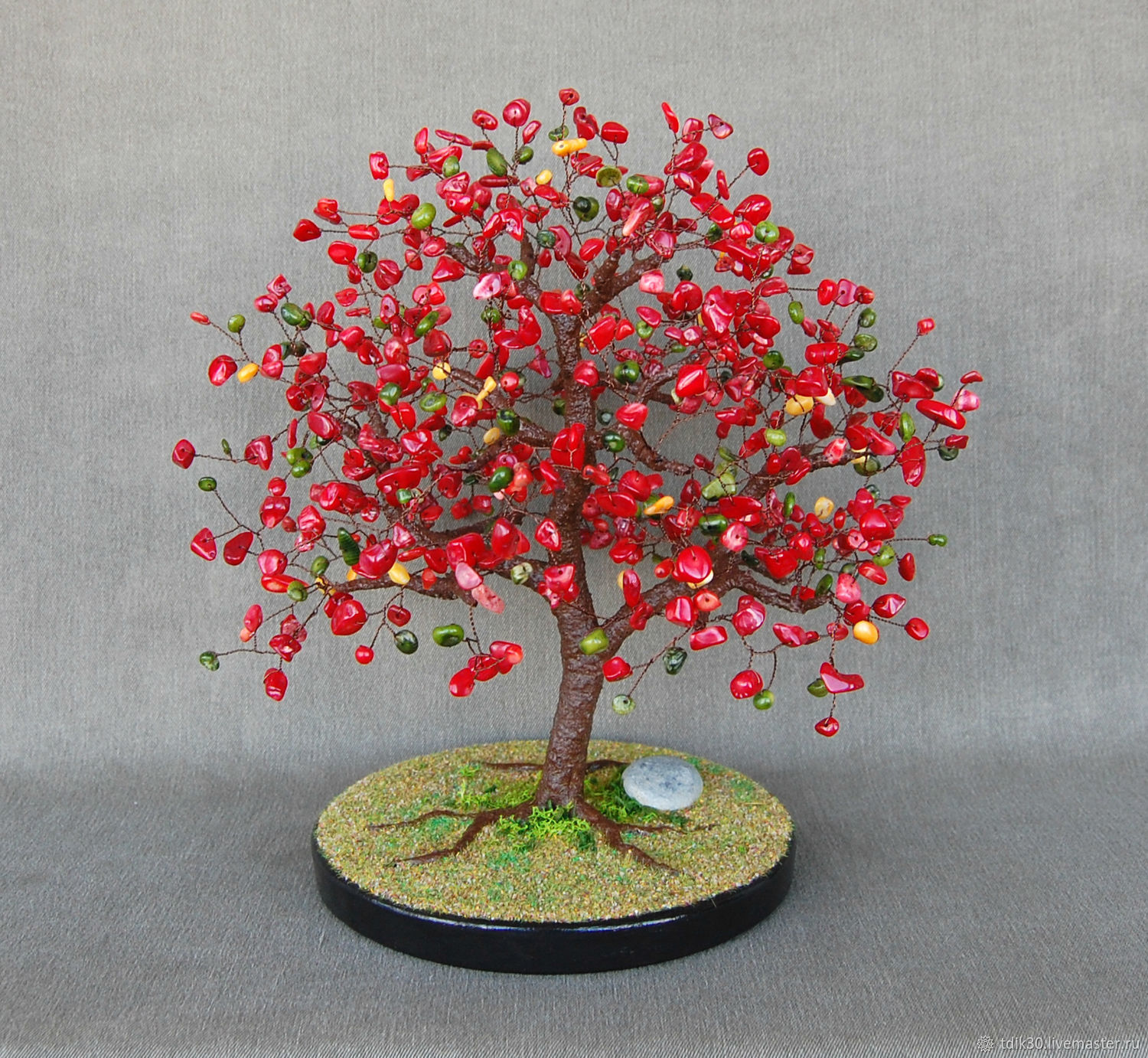 A tree made of multicolored coral, Trees, Maikop,  Фото №1