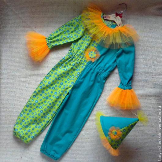 Детские карнавальные костюмы ручной работы. Ярмарка Мастеров - ручная работа. Купить Петрушка костюм новогодний детский, арлекин, шут, клоун. Handmade.