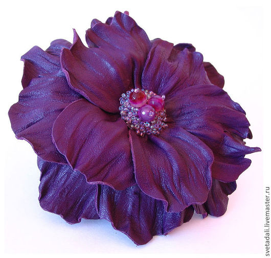 """Броши ручной работы. Ярмарка Мастеров - ручная работа. Купить брошь-цветок """"Таинственный вечер"""". Handmade. Фиолетовый, брошь из кожи"""