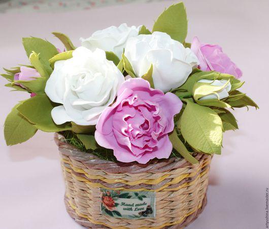 Интерьерные композиции ручной работы. Ярмарка Мастеров - ручная работа. Купить Интерьерная композиция,  розы из фоамирана. Handmade. Комбинированный, белый