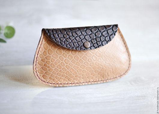 Женские сумки ручной работы. Ярмарка Мастеров - ручная работа. Купить Косметичка из натуральной кожи ручной работы под крокодила. Handmade.
