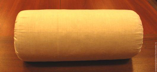 Подушка для кружевоплетения большая. Длина подушки 53 см, диаметр 22 см.  Стоимость 800 рублей. Мелкостружечный наполнитель.  Чехол - 100% лен. Цвет чехла может отличаться