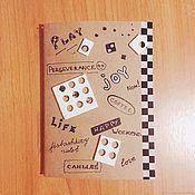 Канцелярские товары ручной работы. Ярмарка Мастеров - ручная работа Крафтовый блокнот о радостях жизни. Handmade.