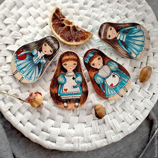 брошь, брошка, броши, куплю брошь, брошь Алиса, брошь Алиса в стране чудес, авторская брошь, брошь ручной работы,