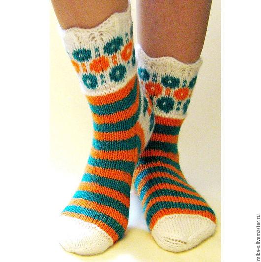 Носки, Чулки ручной работы. Ярмарка Мастеров - ручная работа. Купить Носки  вязаные: жаккард - 01,изумрудный+оранжевый.. Handmade.