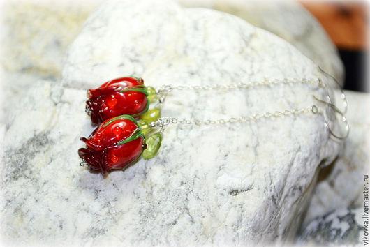 """Серьги ручной работы. Ярмарка Мастеров - ручная работа. Купить Серьги лемпворк """"Красная роза в каплях росы"""". Handmade."""