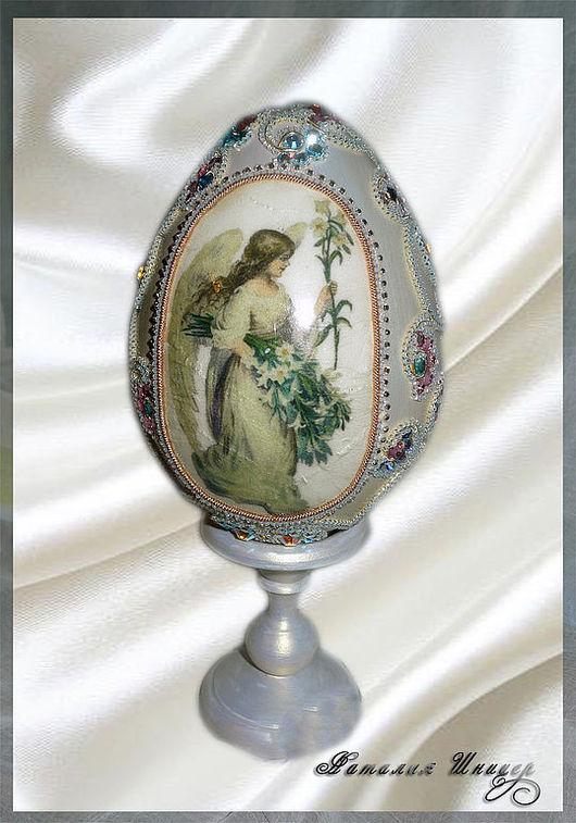 """Подарки на Пасху ручной работы. Ярмарка Мастеров - ручная работа. Купить Яйцо """"Ангел с лилией"""". Handmade. Подарок, деревянная заготовка"""