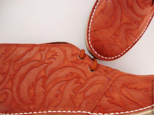 Обувь ручной работы. Ярмарка Мастеров - ручная работа. Купить Красивые ботинки из рельефной замши. Handmade. Рыжий, модель из замши