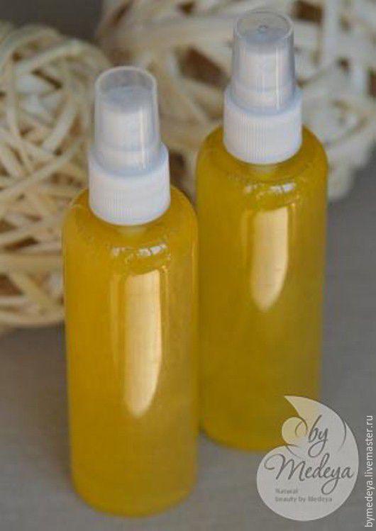 Сухое масло с эффектом мерцания - универсальный уход за кожей и волосами. С запахом жасмина.