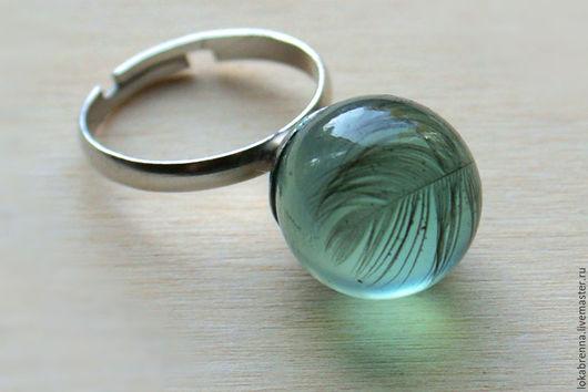 """Кольца ручной работы. Ярмарка Мастеров - ручная работа. Купить Кольцо """"Перо"""". Handmade. Кольцо, смола эпоксидная, прозрачное"""