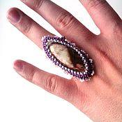 Украшения ручной работы. Ярмарка Мастеров - ручная работа Вышитое бисером кольцо с натуральной яшмой. Handmade.