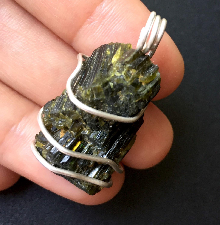 Pendant: Epidote crystals in silver, Amulet, Krasnodar,  Фото №1
