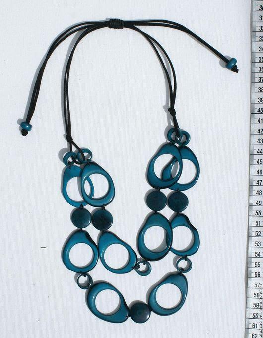 Колье, бусы ручной работы. Ярмарка Мастеров - ручная работа. Купить Ожерелье бирюзового цвета из натурального ореха тагуа из Эквадора. Handmade.
