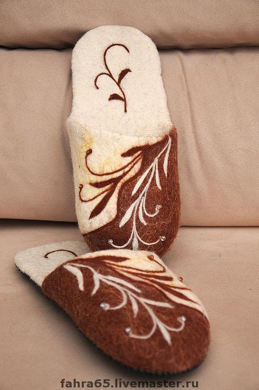 """Обувь ручной работы. Ярмарка Мастеров - ручная работа. Купить """"Узоры на песке"""". Handmade. Тапочки домашние, тапочки из шерсти, тапочки"""