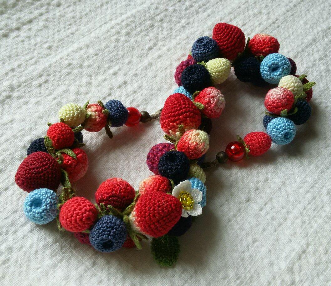 Колье из связанных крючком ягод, Колье, Бахчисарай,  Фото №1