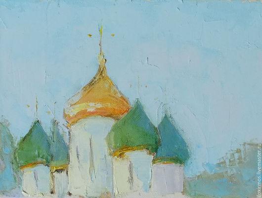 Вид на один из храмов в Суздале.