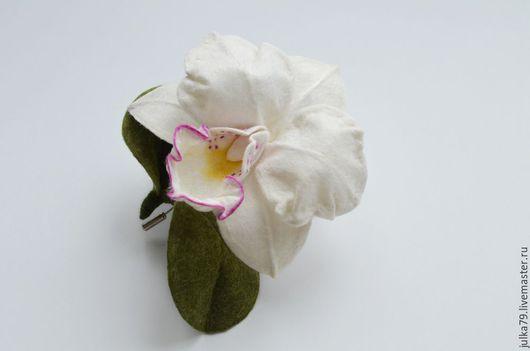 Броши ручной работы. Ярмарка Мастеров - ручная работа. Купить Орхидея2. Handmade. Орхидея, валяние на каркасе, юлия валовая