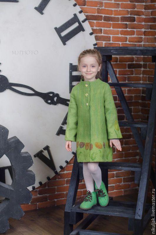 Одежда для девочек, ручной работы. Ярмарка Мастеров - ручная работа. Купить Пальто валяное Тюльпаны в Апреле. Handmade. Зеленый, Батик