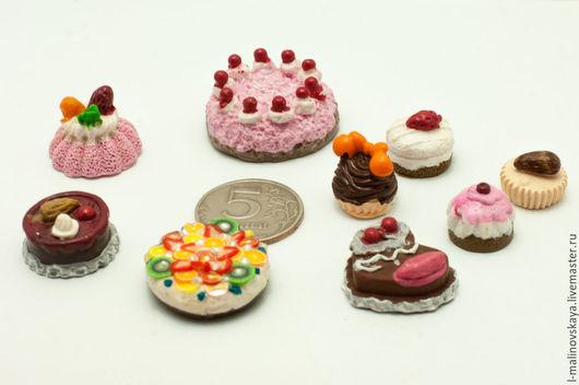 Куклы и игрушки ручной работы. Ярмарка Мастеров - ручная работа. Купить Миниатюрные сладости Тортики 1:12. Handmade. Разноцветный