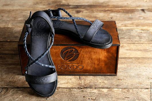 Обувь ручной работы. Ярмарка Мастеров - ручная работа. Купить Мужские сандалии из кожи. Женские сандалии из кожи. Синие сандалии. Handmade.