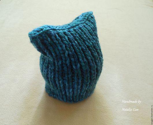 Шапки ручной работы. Ярмарка Мастеров - ручная работа. Купить Вязаная шапка кошка из толстой пряжи. Handmade. Тёмно-зелёный