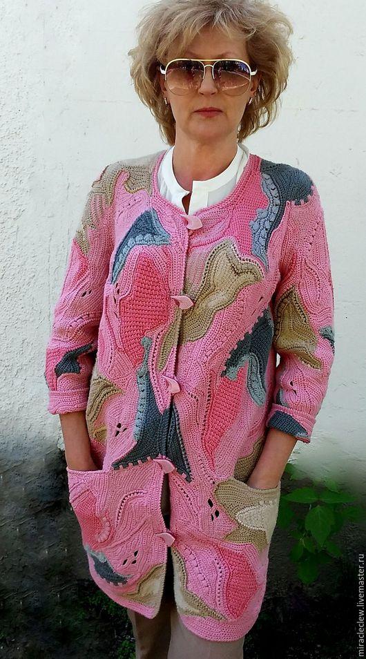 Верхняя одежда ручной работы. Ярмарка Мастеров - ручная работа. Купить Вязаное крючком пальто- кардиган в стиле фриформ. Handmade.