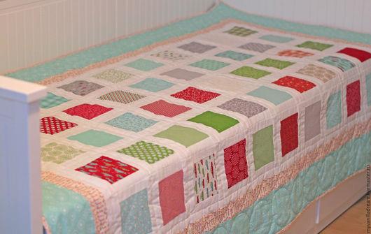 Пледы и одеяла ручной работы. Ярмарка Мастеров - ручная работа. Купить Лоскутное одеяло (покрывало) Яркие квадраты. Handmade. Голубой