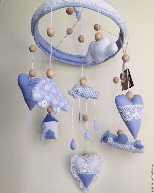 """Детская ручной работы. Ярмарка Мастеров - ручная работа. Купить Мобиль для детской кроватки из ткани """"Мальчишкины мечты"""". Handmade. для новорожденного"""