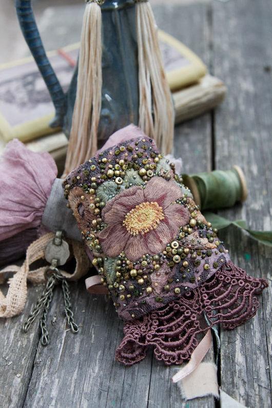 Браслеты ручной работы. Ярмарка Мастеров - ручная работа. Купить Текстильный браслет манжета с вышитым цветком. Handmade. Бледно-розовый