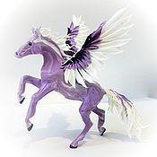 """Статуэтки ручной работы. Ярмарка Мастеров - ручная работа Фигурка """"Пегас сирени"""" (лошадь). Handmade."""