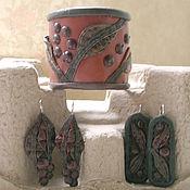 Украшения handmade. Livemaster - original item The leaves, berries kit leather - bracelet and earrings. Handmade.