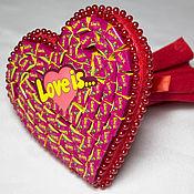Подарки к праздникам ручной работы. Ярмарка Мастеров - ручная работа Букет-сердце LOVE IS Подарок на 14 февраля , День влюбленных. Handmade.