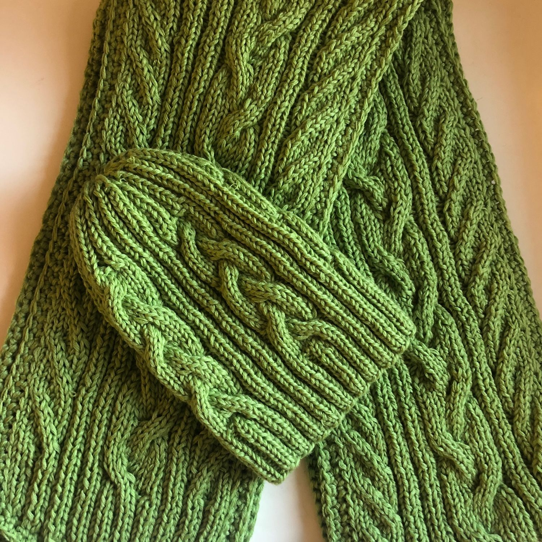 Шарфы и шарфики ручной работы. Ярмарка Мастеров - ручная работа. Купить Вязанная шапка с шарфиком. Handmade. Шапка вязанная