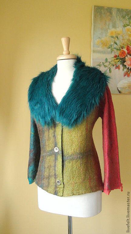 Пиджаки, жакеты ручной работы. Ярмарка Мастеров - ручная работа. Купить Валяный пиджак с меховым воротником. Handmade. Бежевый, теплый