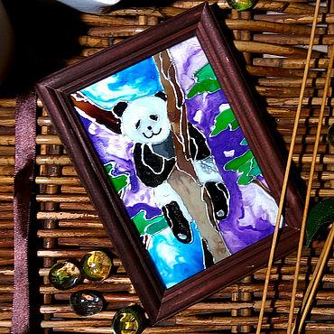 Для дома и интерьера ручной работы. Ярмарка Мастеров - ручная работа Виражная картина с забавной пандой. Handmade.