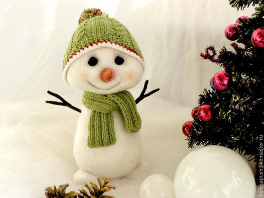 Сказочные персонажи ручной работы. Ярмарка Мастеров - ручная работа. Купить Снеговичок. Handmade. Белый, Новый Год, для мальчика, украшение