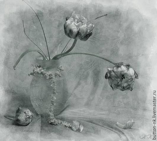 Фотокартины ручной работы. Ярмарка Мастеров - ручная работа. Купить натюрморт  Белая ночь. Handmade. Серебряный, тюльпаны, бусы, ваза
