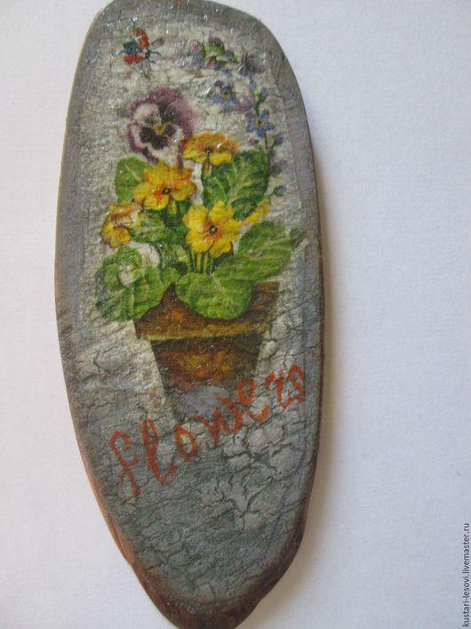 """Прихожая ручной работы. Ярмарка Мастеров - ручная работа. Купить Ключница """"Цветы"""". Handmade. Ключница, цветы, примулы, Спил дерева"""