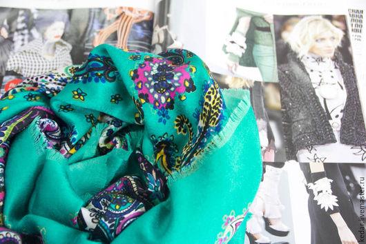 """Шали, палантины ручной работы. Ярмарка Мастеров - ручная работа. Купить Платок женский из ткани ETRO """"Солнце востока"""" бирюза. Handmade."""