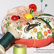 Подарки к праздникам ручной работы. Ярмарка Мастеров - ручная работа Тыква игольница текстильная.. Handmade.