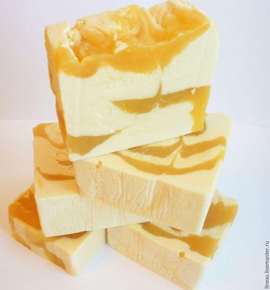 """Мыло-шампунь ручной работы. Ярмарка Мастеров - ручная работа. Купить """"Каравелла"""" шампунь с маслом мускатного ореха. Handmade. Оранжевый"""