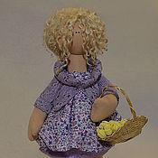 Куклы и игрушки ручной работы. Ярмарка Мастеров - ручная работа Кати (девочка с подснежниками). Handmade.