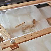 Инструменты для вышивки ручной работы. Ярмарка Мастеров - ручная работа Рама для вышивки с подставкой 60/40. Handmade.